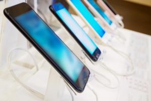 Российский рынок смартфонов оживился