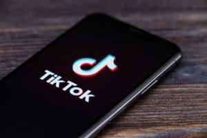 TikTok запустил  приложение «More on TikTok» на устройствах Amazon Fire TV